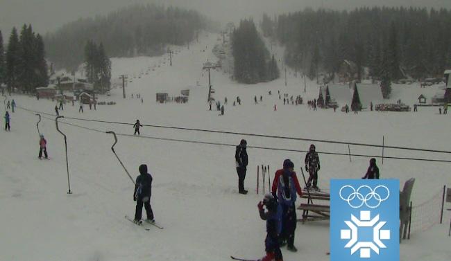Снијег погодује скијашима