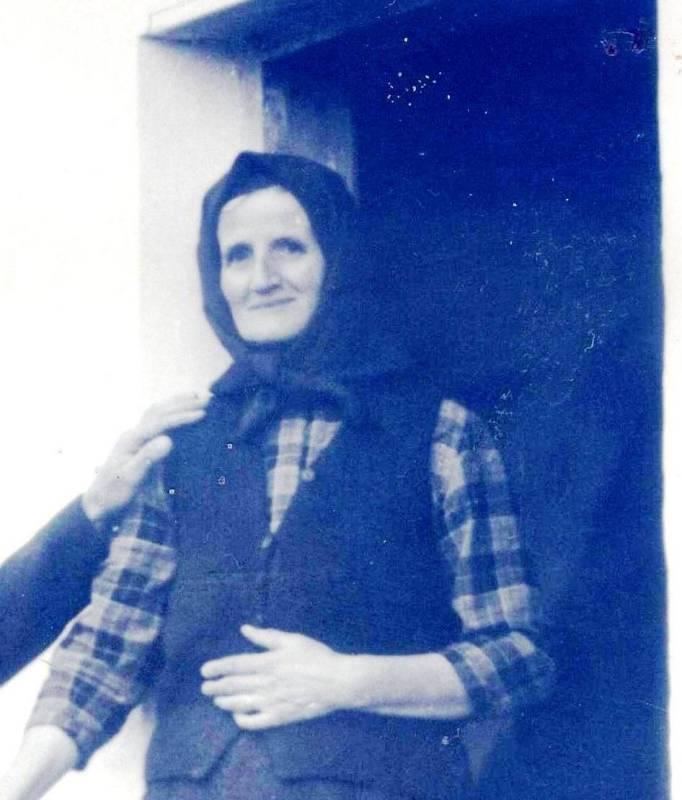 Copy of Rosa Stevanović 001