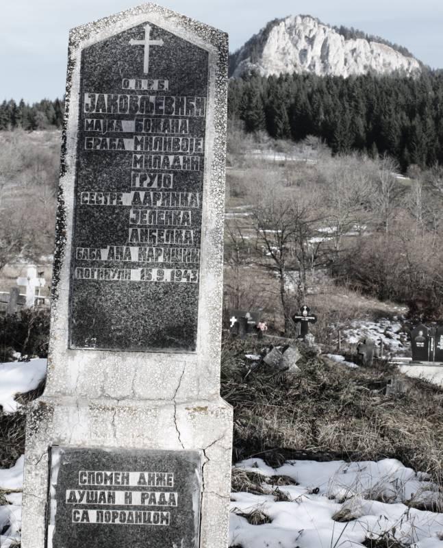 Spomenik stradalim Jakovljevićima IMG_7677