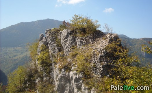 Ostaci kule na 1074 m nadmorske visine