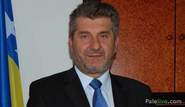 http://www.palelive.com/images/stories/foto-vijesti/vinko_radovanovic.jpg