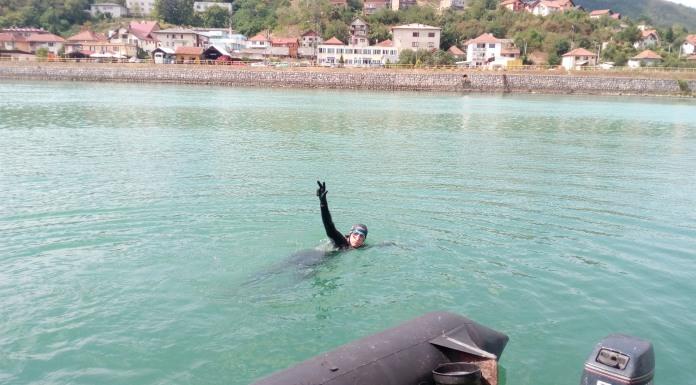 Plivanje do Starog Broda u pomen stradalim Srbima