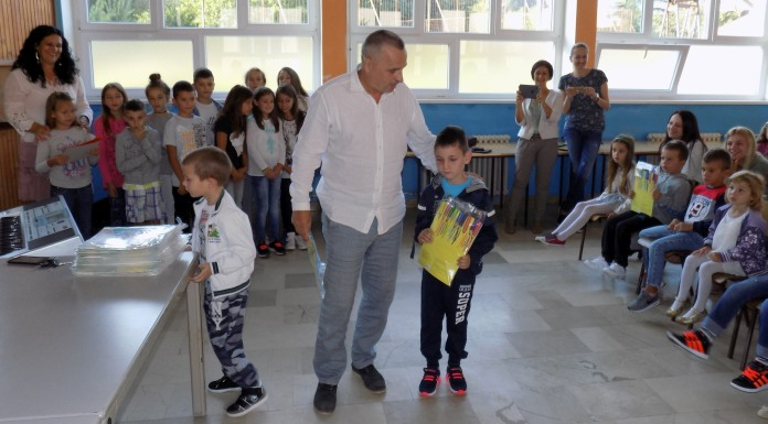 Počela nastava u Milićima, Vlasenici i Šekovićima