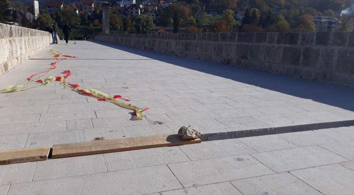 U toku zamjena kocke na mostu Mehmed paše Sokolovića