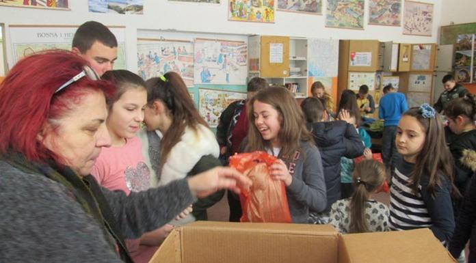 Učenicima podijeljeni higijenski paketi i školski pribor
