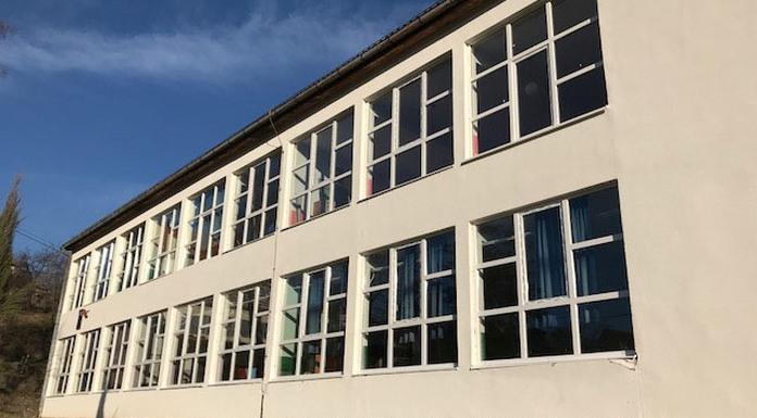 Za zamjenu fasadne stolarije u školi