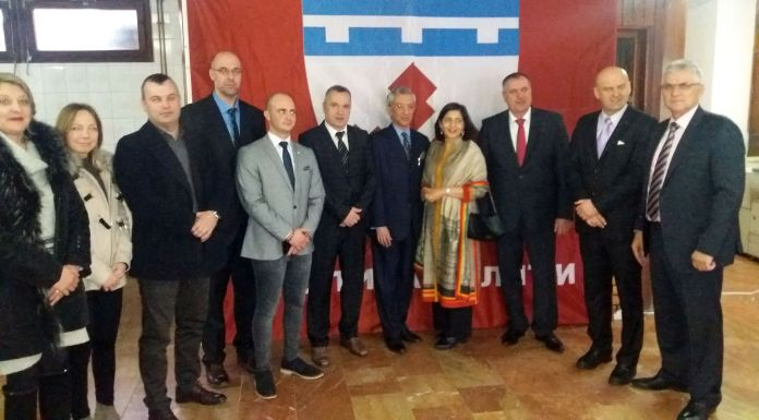 Indijski ambasador sa zvaničnicima Milića, Vlasenice i Srebrenice