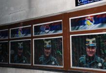 Na zgradi opštine novi plakati sa likom generala Mladića