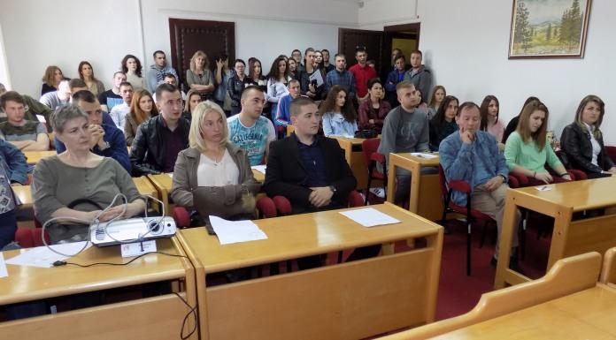 Potpisan 71 ugovor o stipendiranju učenika i studenata