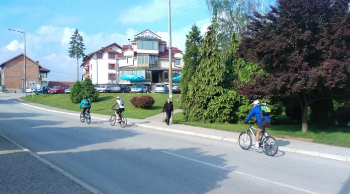 Biciklima na poklonjenje Svetom Vasiliju Ostroškom