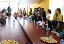 Srednjoškolci iz Barselosa posjetili Zvornik