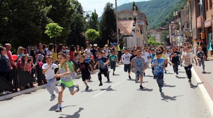 U uličnoj trci oko hiljadu učesnika