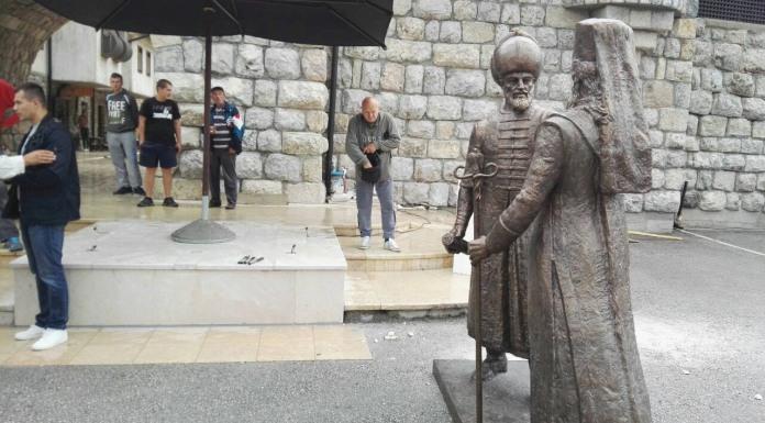 Dopremljen spomenik Mehmeda i Makarija Sokolovića