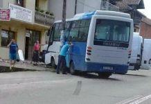 Tri osobe povrijeđene u sudaru dva minibusa