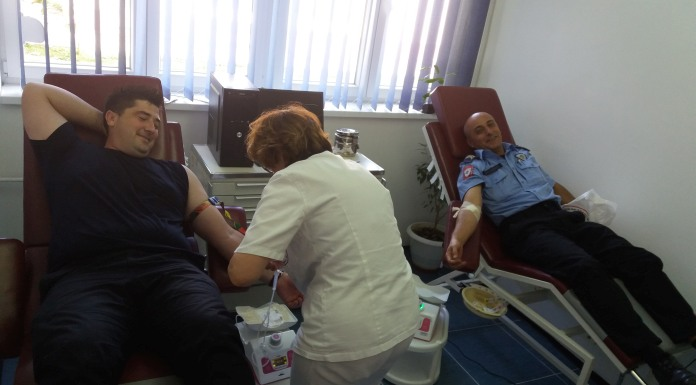 Krv dalo 25 pripadnika policijske uprave